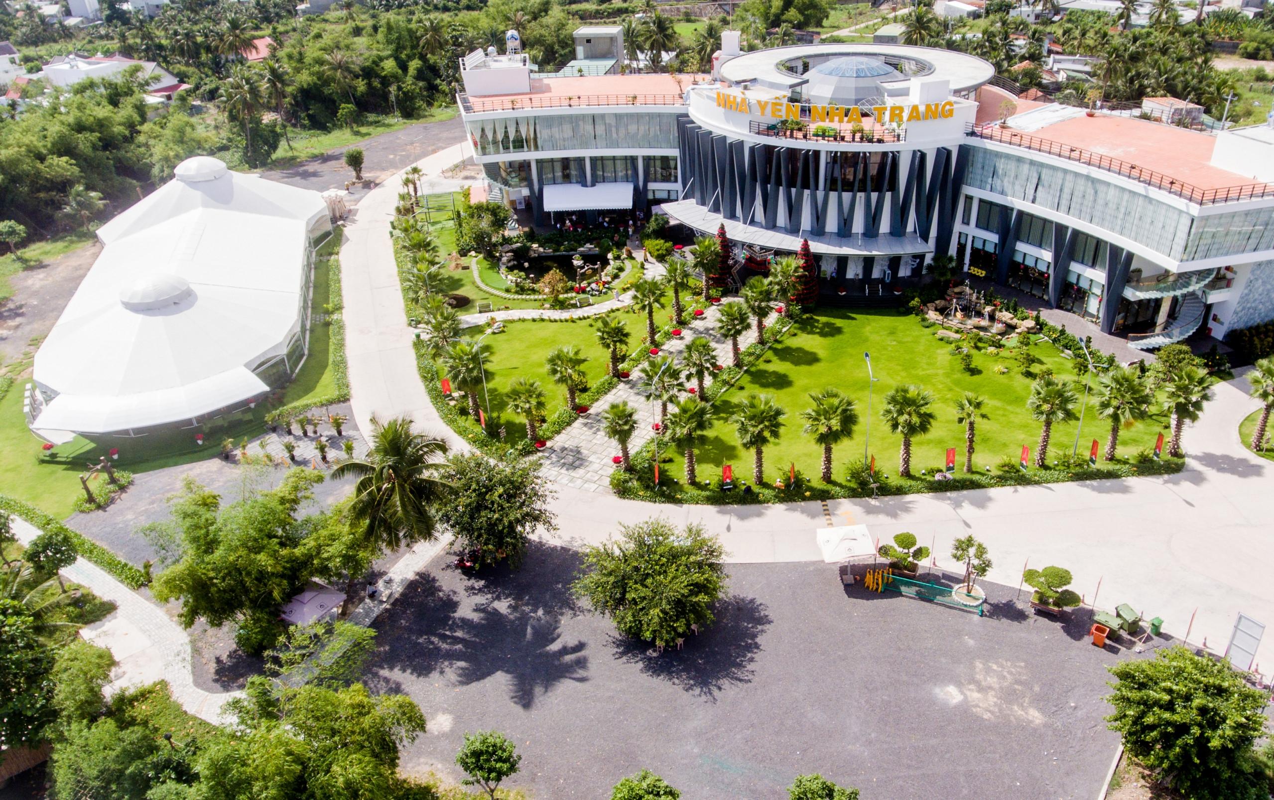 Lễ hội sắc màu Làng Yến tưng bừng đón Festival biển Nha Trang - Tin du lịch  và đời sống khánh hòa