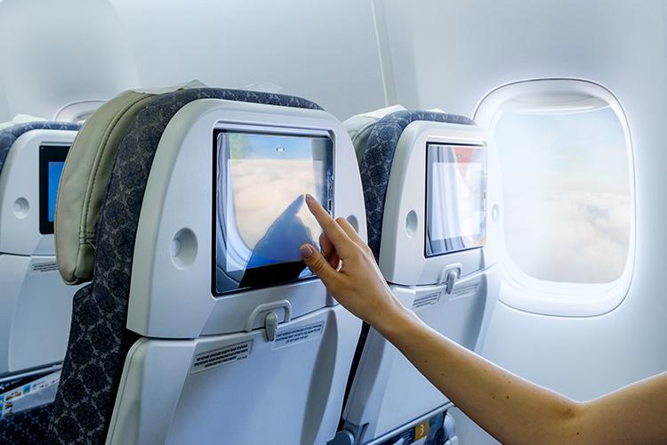 Cách tự khử trùng chỗ ngồi trên máy bay