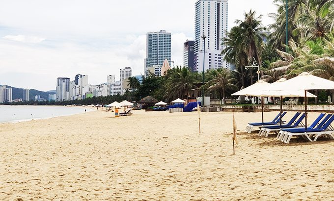Nha Trang: Tăng cường đảm bảo vệ sinh môi trường bãi biển